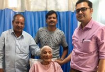 Record: 104 year old woman made hip replacement Patients Basnti with Dr Ranat Shelby Hospital Jaipur Dr. Ranat Ramjas Vishnoi