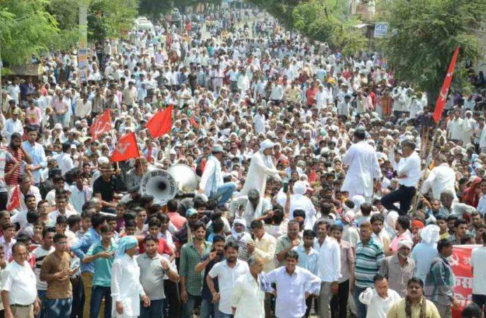 11 farmers' agitation ends after demands