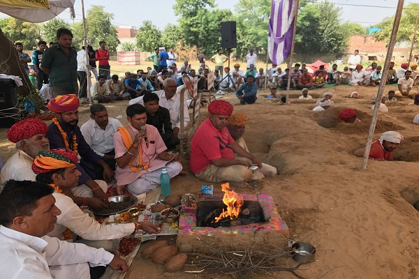 Satyagraha of farmers continued for 9th day in Nind.