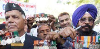 Tents of ex-servicemen removed from Jantar Mantar