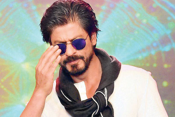 I am a big fan of Akshay Khanna's work: Shah Rukh Khan