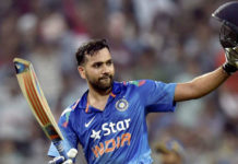 Bumara and Kumar are world's best bowlers in Death Over: Rohit