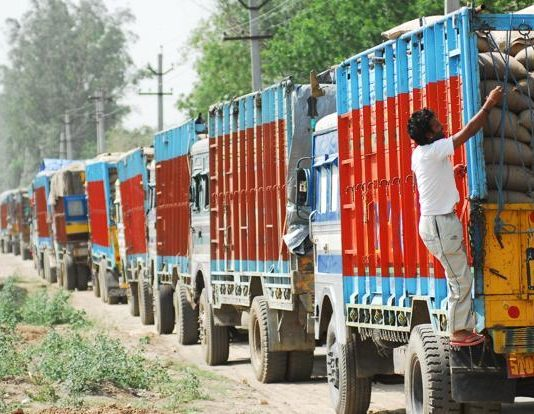 9 and 10 will not run on roads, transport will remain on strike