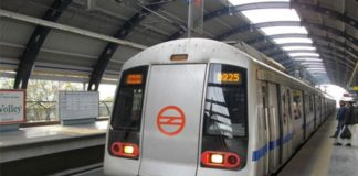 Delhi Police officer commits suicide by jumping in front of Metro