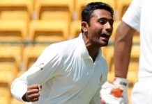 Shreyas hit a century against Karnataka in Mumbai