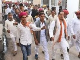 In the campaign for BJP candidate Ram Gopal Yadav