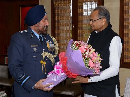 Air Marshal Arora, cm Ashok Gehlot