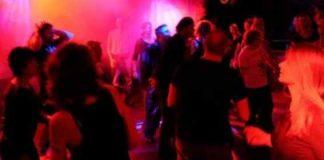सुप्रीम कोर्ट का फैसला: मुंबई में फिर खुल सकेंगे डांस बार, मगर इन शर्तों के साथ